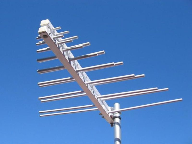Antenna Logaritmica 200-1000 MHz ISM/GSM/UMTS