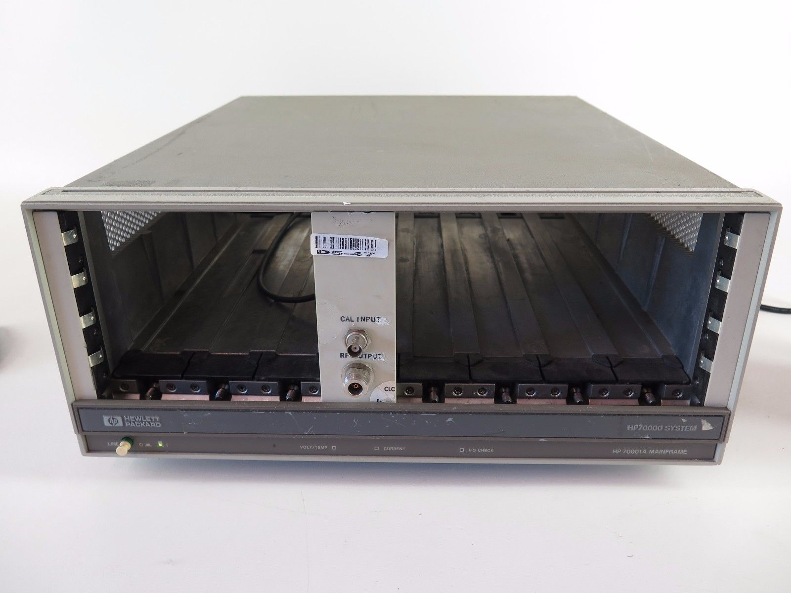 hp-70001a-8-slot-spectrum-analyzer-mainframe-chassis-0.jpg