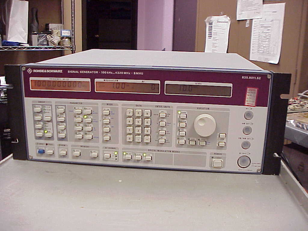 rohde-schwarz-smhu-58-signal-generator-100khz-4320mhz-tested-used-equipment-0.jpg