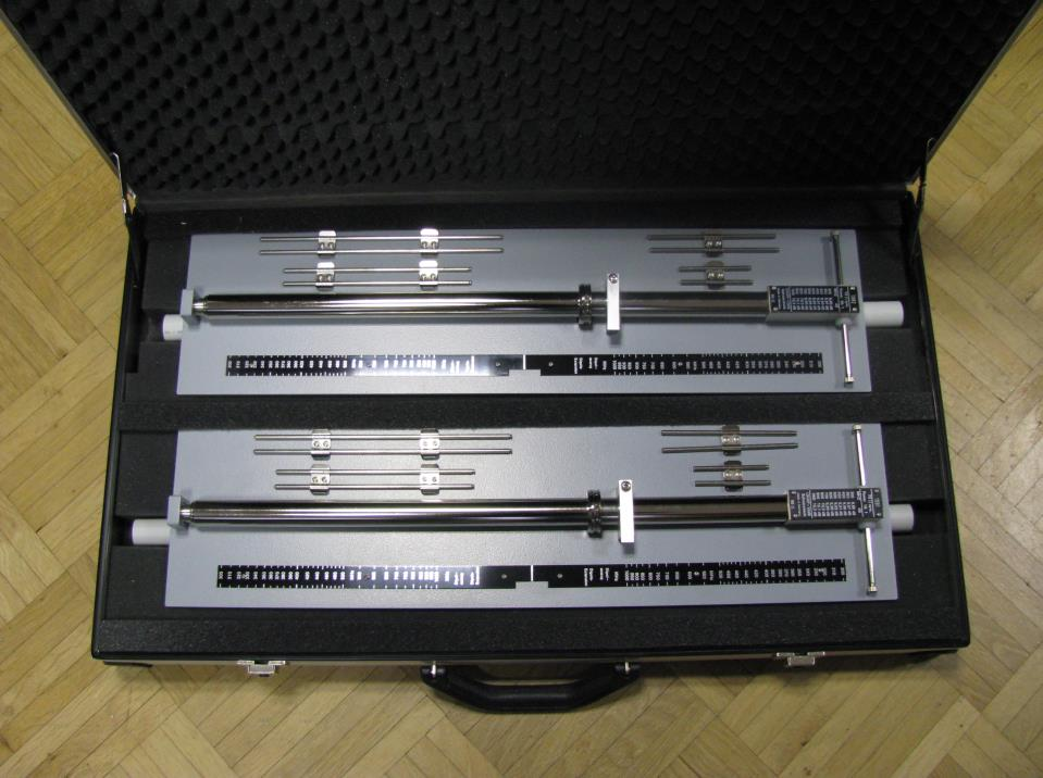 set-2x-uhap-with-case-uhf-precision-dipoles-300-1000mhz-rohde-schwarz-hz13-used-demo-0.jpg